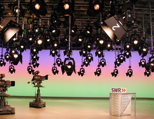 media-techincal-system-uebersicht-droparme-scheinwerferbefestigungen