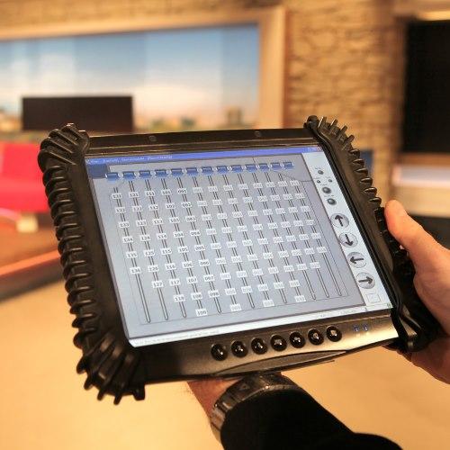 media-techincal-system-tablet